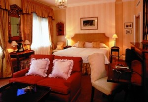 Deluxe room at The Draycott Hotel